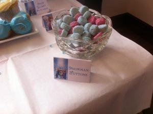 Frozen Table - Snowman Buttons